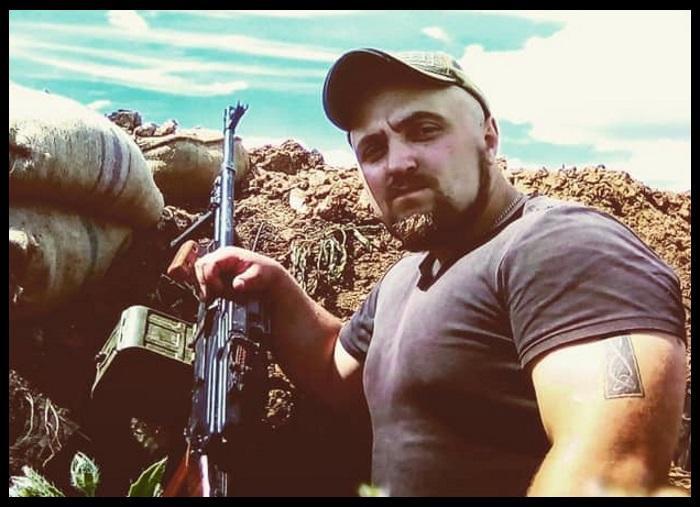 https://novynarnia.com/wp-content/uploads/2019/09/Tihon-Kurbatov-Aydar.jpg