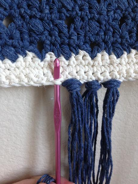 boho wall hanging—free crochet pattern