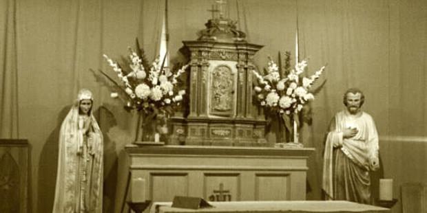 Tại sao các nhà thờ đặt Đức Mẹ ở bên trái và Thánh Giu-se ở bên phải?