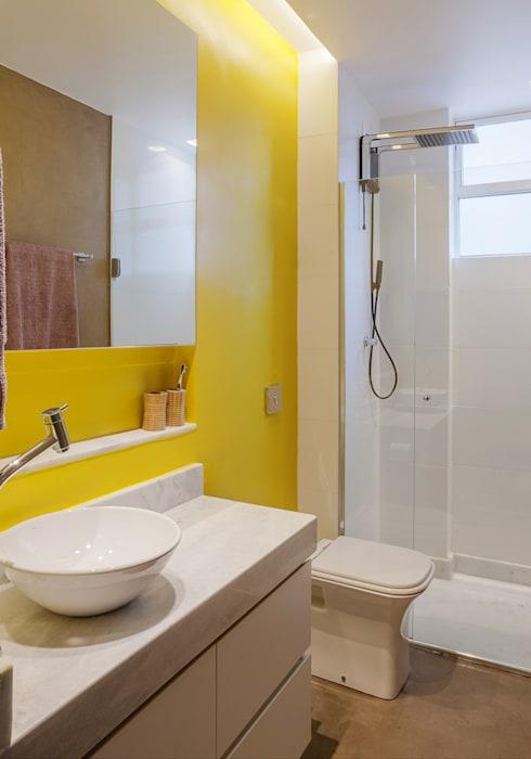 BANHEIRO: Banheiros por Botti Arquitetura e Interiores-Natália Botelho e Paola Corteletti