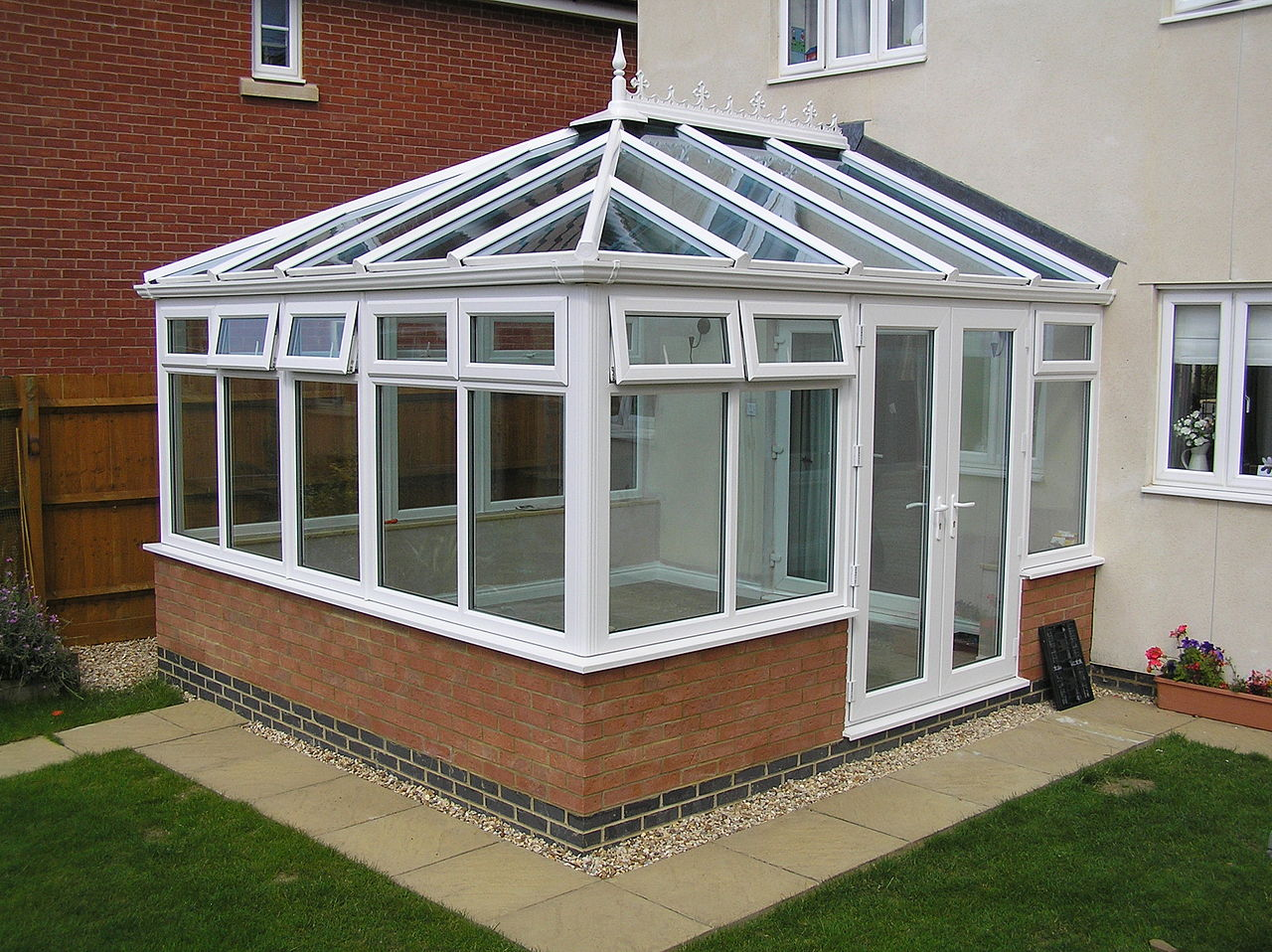 Looking For An Extension? How About A Conservatory?
