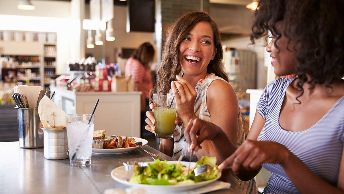 Tips to Eat Healthy When Eating Out