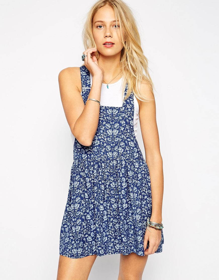dungaree dress.jpg