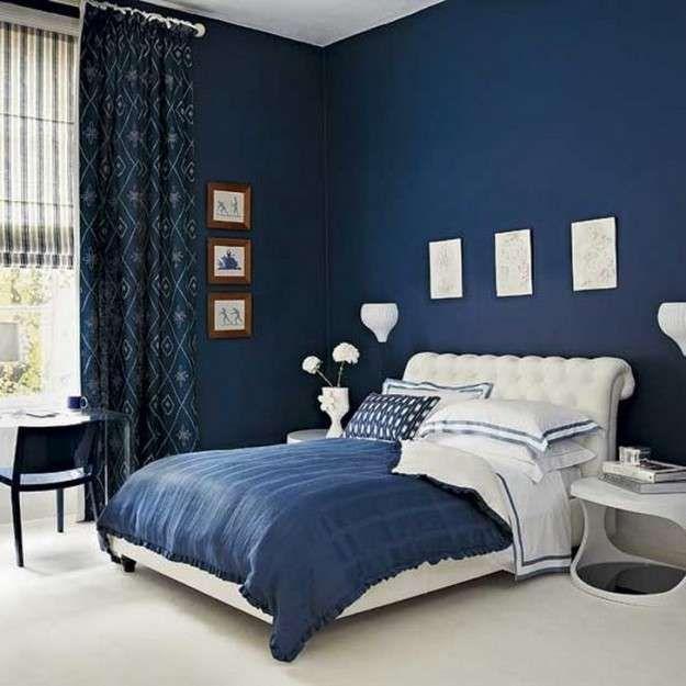 Blu e bianco in camera da letto - Pareti blu e letto bianco per arredare la  camera da letto con… | Camera da letto blu, Camera da letto arredamento,  Camera da letto