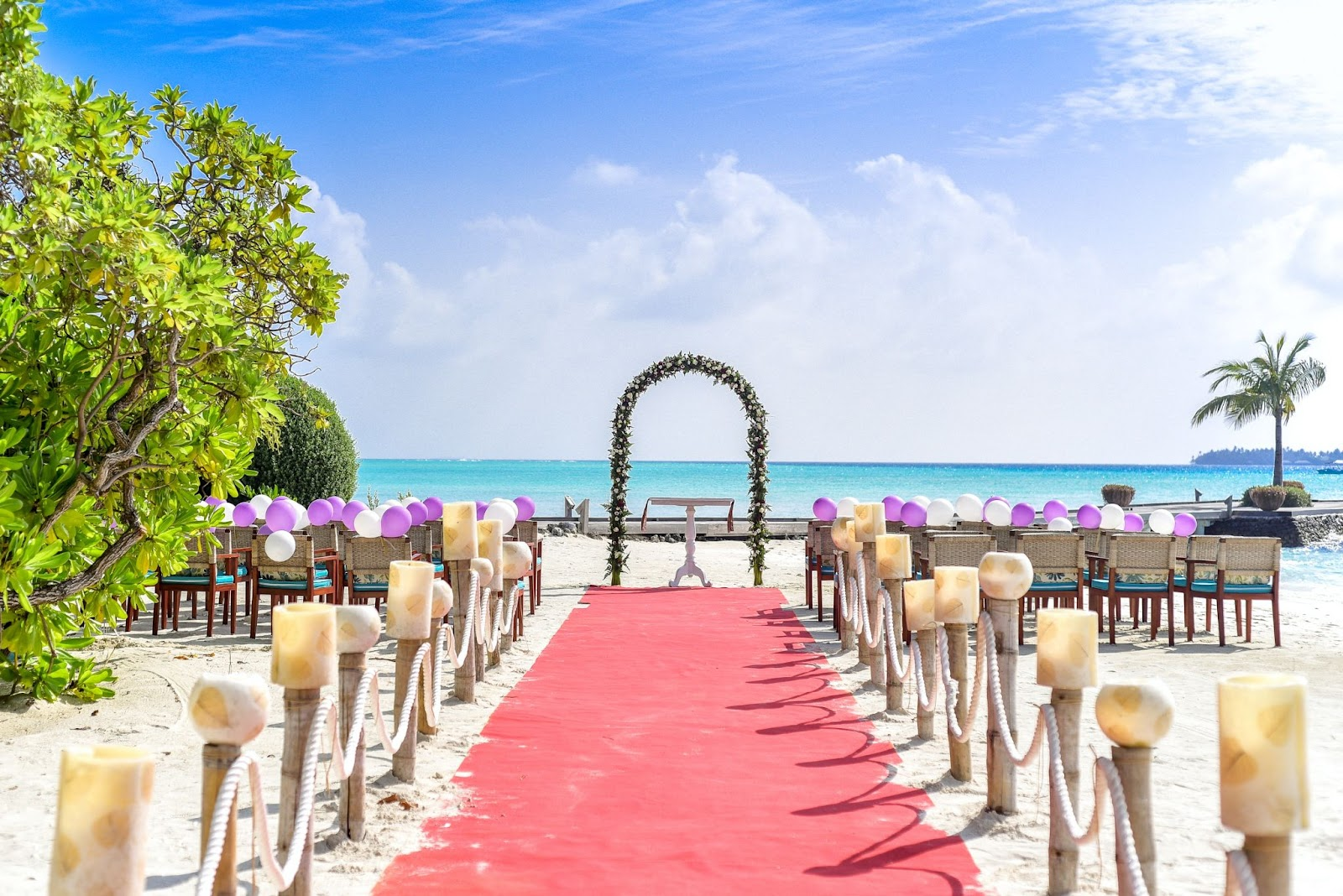 Planning Your Destination Wedding: 7 Things Not to Miss!
