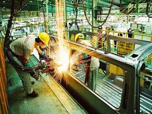 Image result for nghề cơ khí ở Nhật
