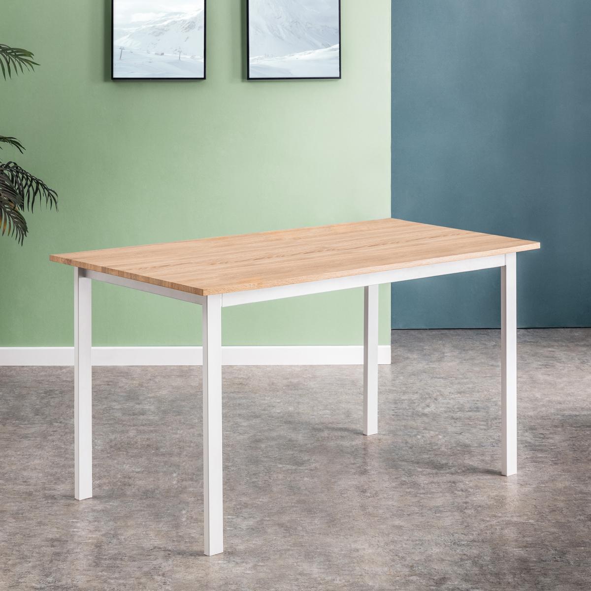 Mesa Kenia, sencilla y minimalista.
