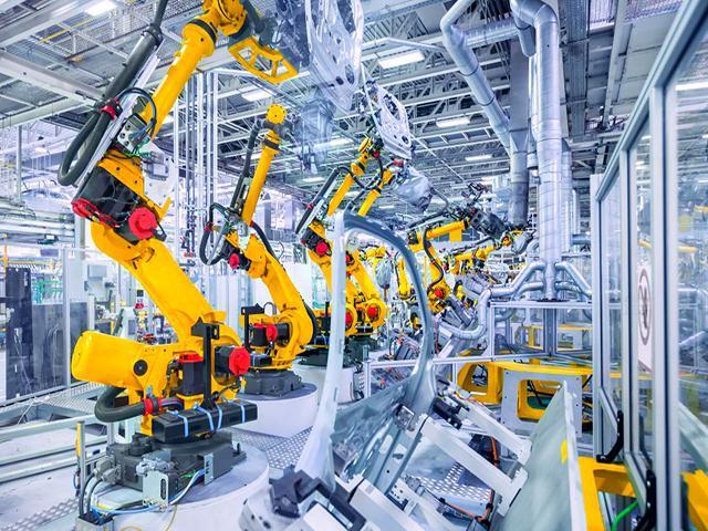 Ngày nay máy móc công nghiệp có ứng dụng rất phong phú