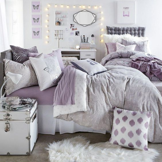 Add Some Decorative Items for Bed Decoration