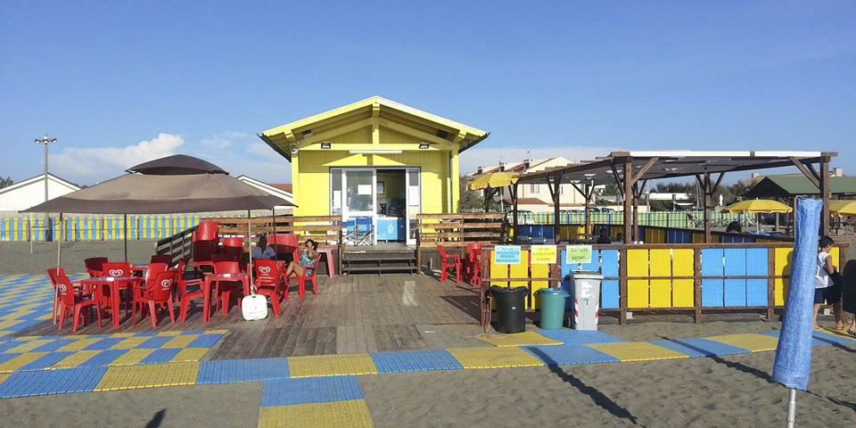 Đức Thánh Cha Phanxico tài trợ cho một bãi biển dành cho người khuyết tật