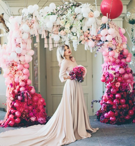 Ombre-arch-and-balloons.jpg