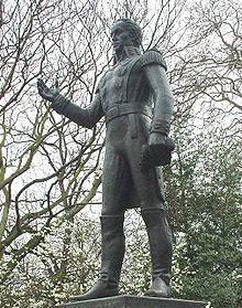 https://upload.wikimedia.org/wikipedia/commons/thumb/5/50/Statue_of_Sim%C3%B3n_Bolivar.jpg/220px-Statue_of_Sim%C3%B3n_Bolivar.jpg