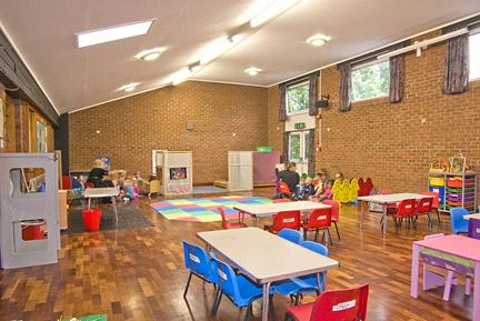 Cox Green Community Centre - Victory Hall hire facilities and photos