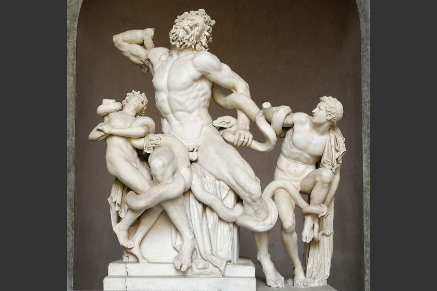 Resultado de imagem para • Laocoonte e seus filhos