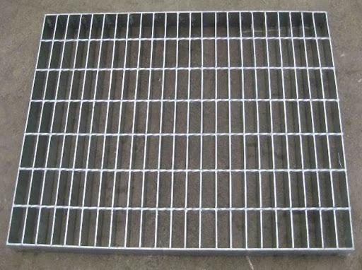 Sàn inox có nhiều kiểu dáng giúp phù hợp với nhiều nhu cầu khác nhau