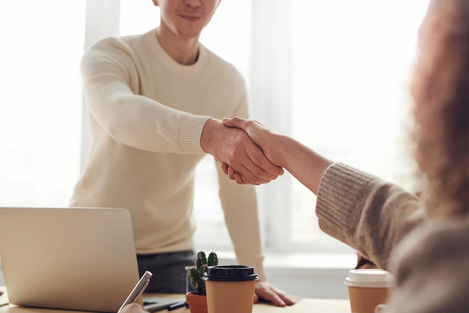 Helps you close high-value deals