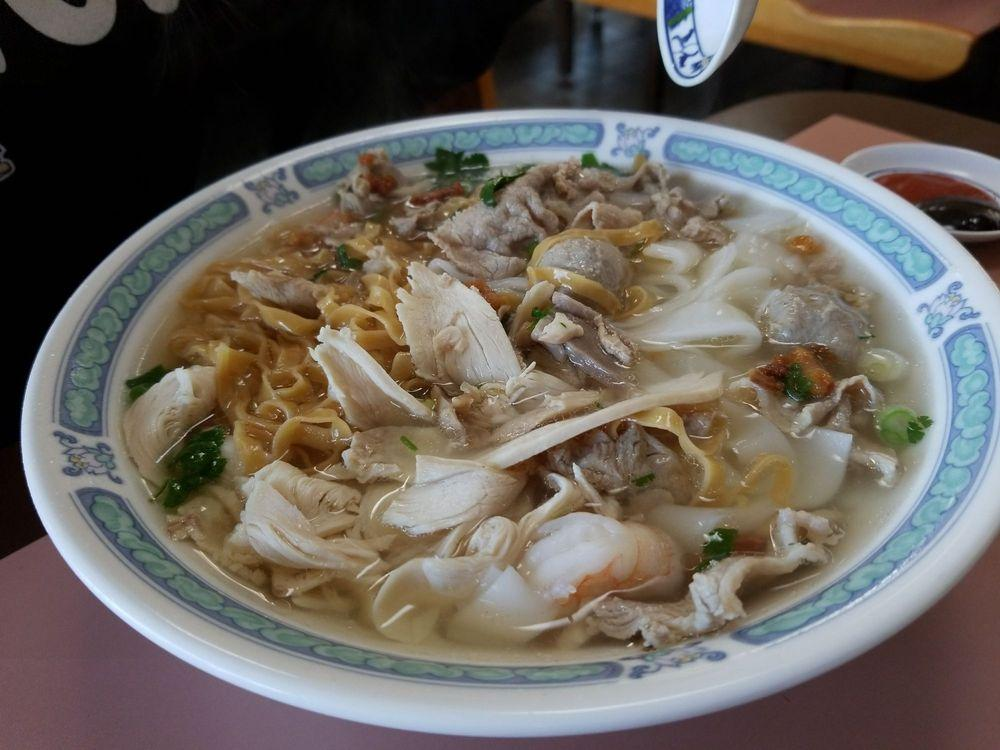 Photo of New Tung Kee Noodle House - Newark, CA, United States. Combination noodle.
