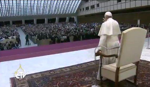 TIẾP KIẾN CHUNG (TOÀN VĂN): Những nghi thức bắt đầu Thánh Lễ