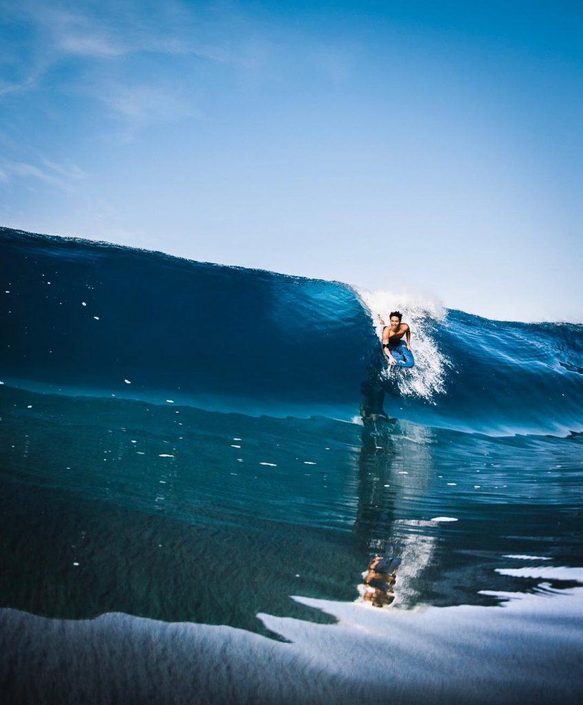 The beautiful Sandy's Beach Park - 15 Best Beaches on Oahu