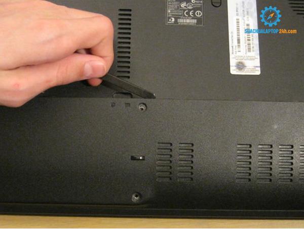 thay card Wifi laptop