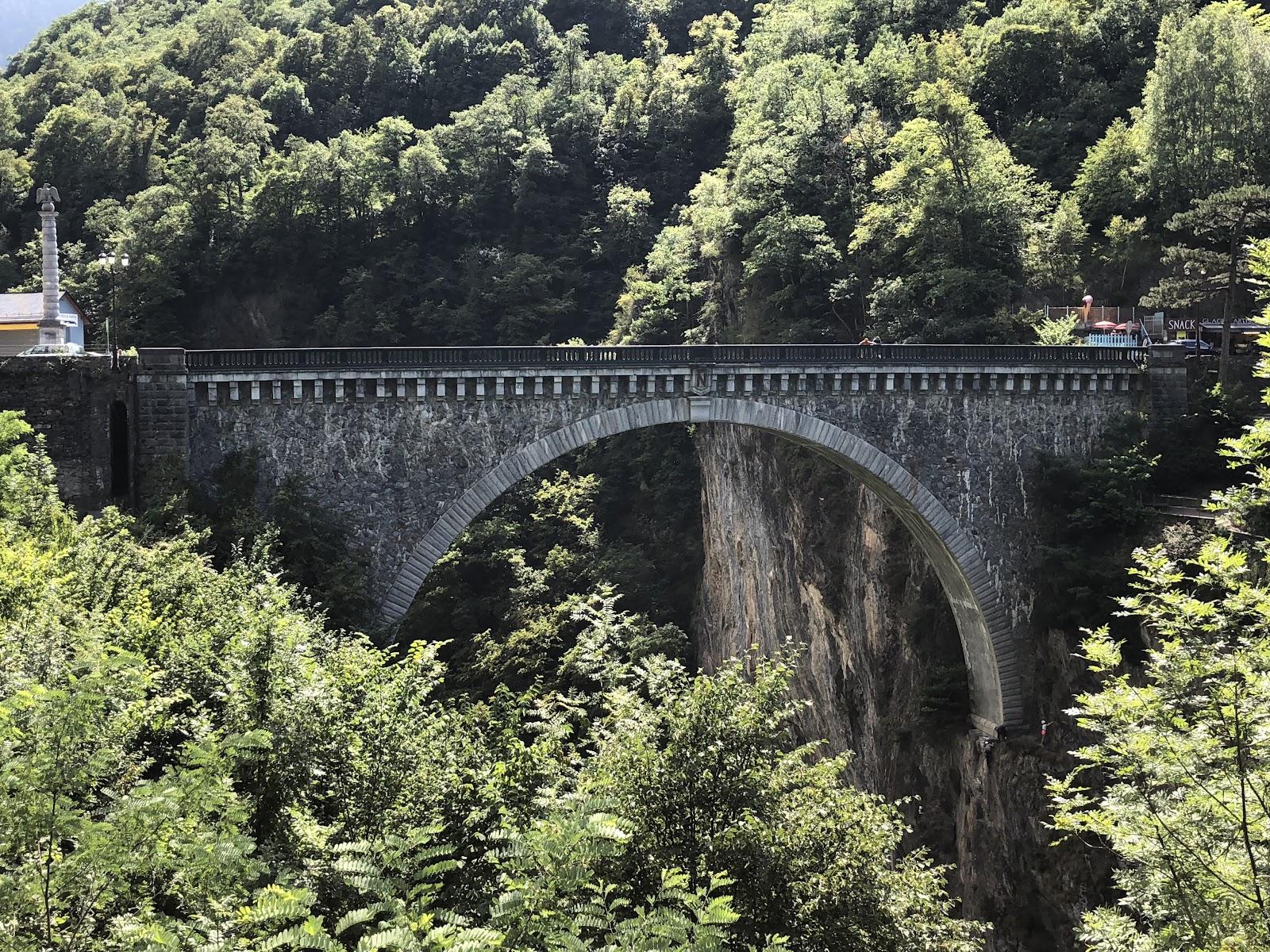 Cycling Luz Ardiden - Pont Napoléon Saut à l'élastique