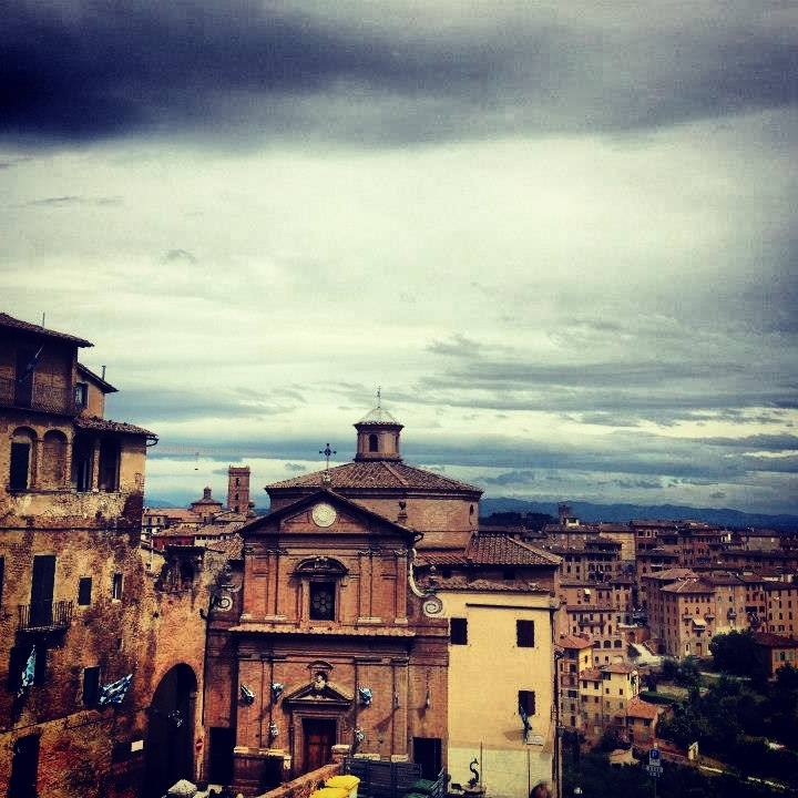 Siena, Italy: Sprawling City Views - Urban Landscapes Yearning to be Explored