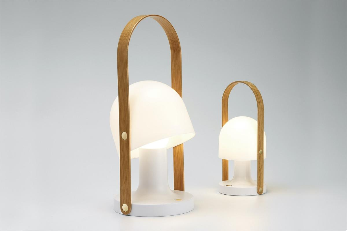 http://cdn.home-designing.com/wp-content/uploads/2021/04/arch-table-lamp.jpg