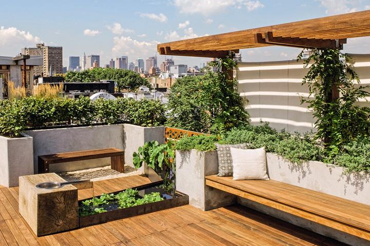 Trần nhà có khả năng chịu lực tốt để đảm bảo bố trí cây xanh trên sân thượng