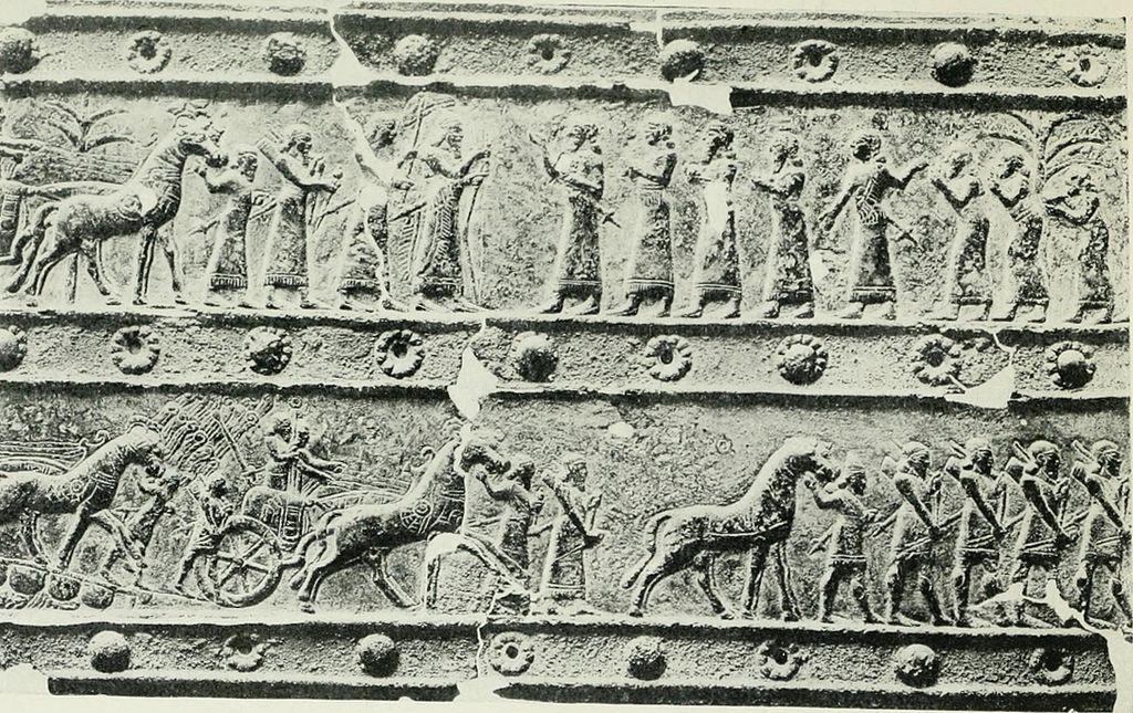 Imagem conta história da Babilônia (Parte de cima) e a tomada pelos Persas (parte de baixo)