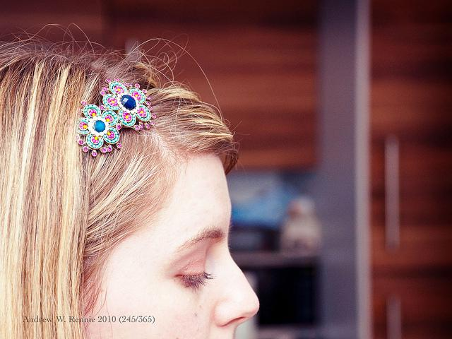 Tasteful Diamond Hair Accessories