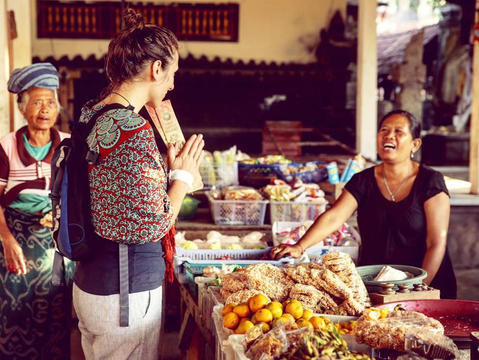 carly at bali market.jpg
