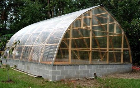 Фундамент для арочной теплицы