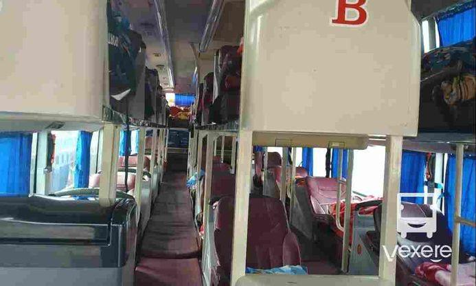 Nội thất xe Đức Quyến đi Sơn La từ Hà Nội
