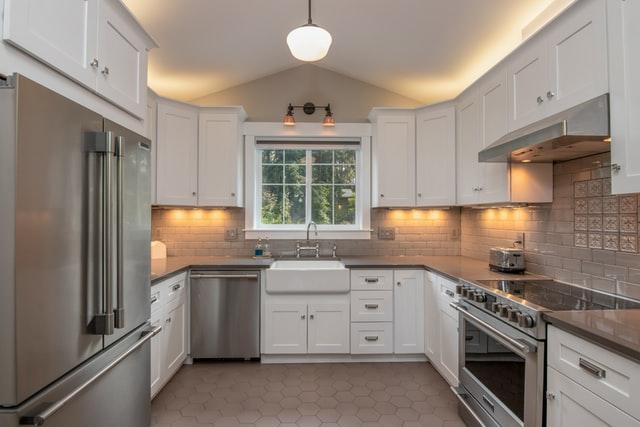 U-Shaped Kitchen with Peninsula