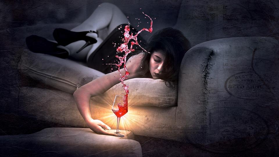 Kết quả hình ảnh cho say rượu vang
