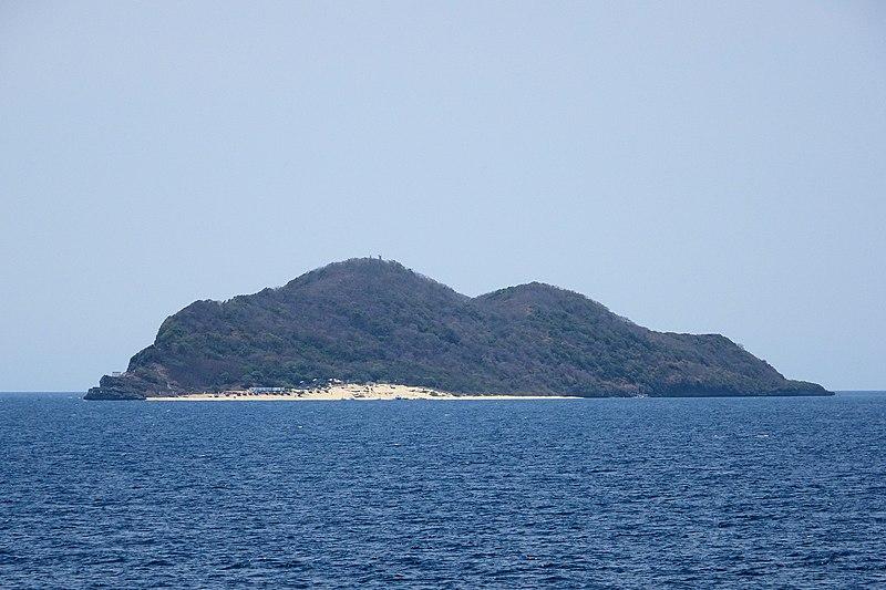 Beaches in Batangas, Fortune Island, Nasugbu beaches, Nasugbu beach resorts
