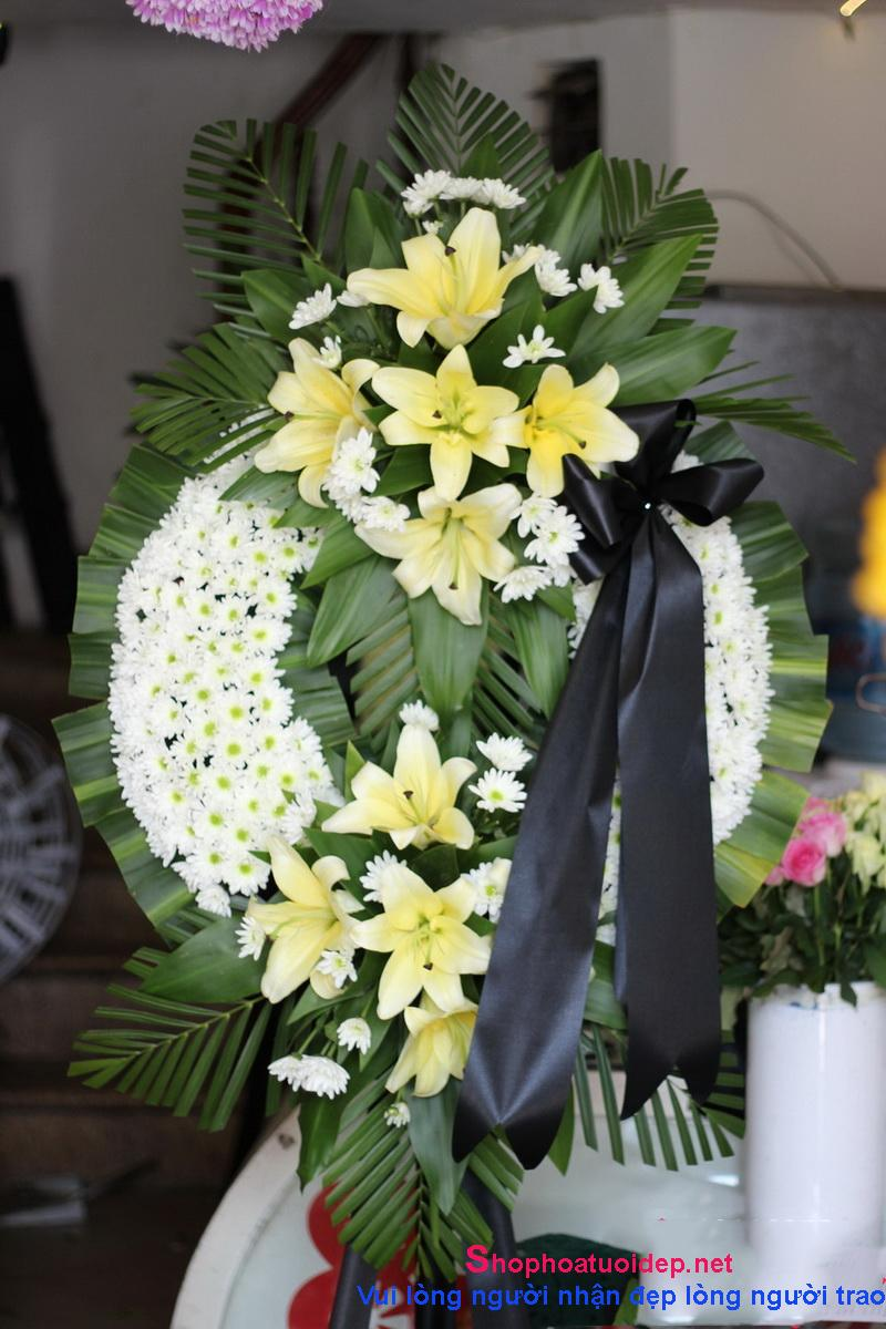 Không tìm hiểu về cửa hàng vòng hoa tang trước khi đặt
