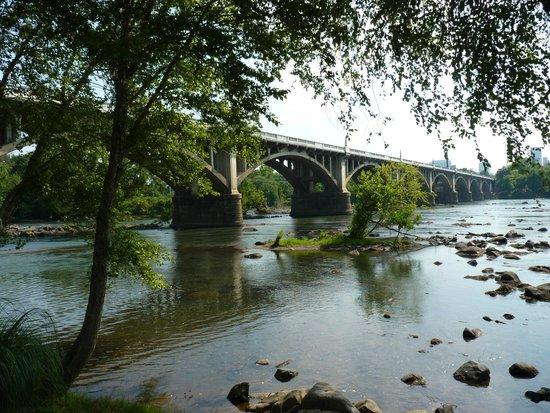 THE 10 CLOSEST Hotels to West Columbia Riverwalk - Tripadvisor - Find  Hotels Near West Columbia Riverwalk