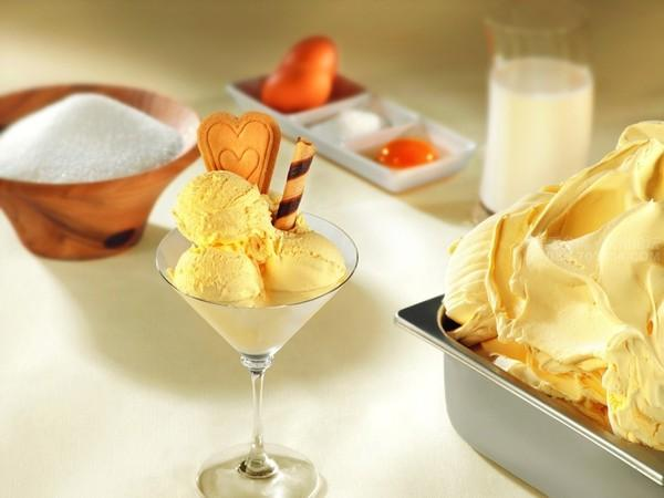 Cách làm kem sầu riêng bằng máy xay sinh tố
