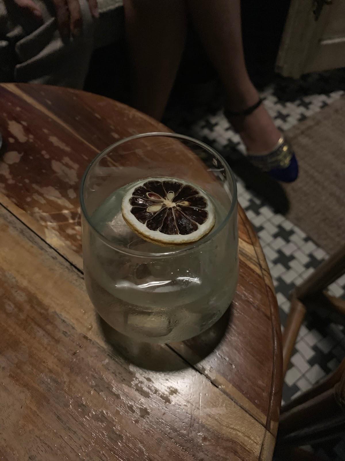 Hidden Bar KL, Pahit