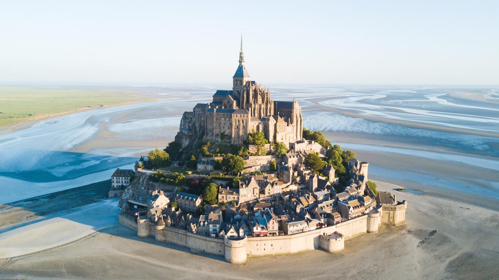 Mont-Saint-Michel und seine Bucht