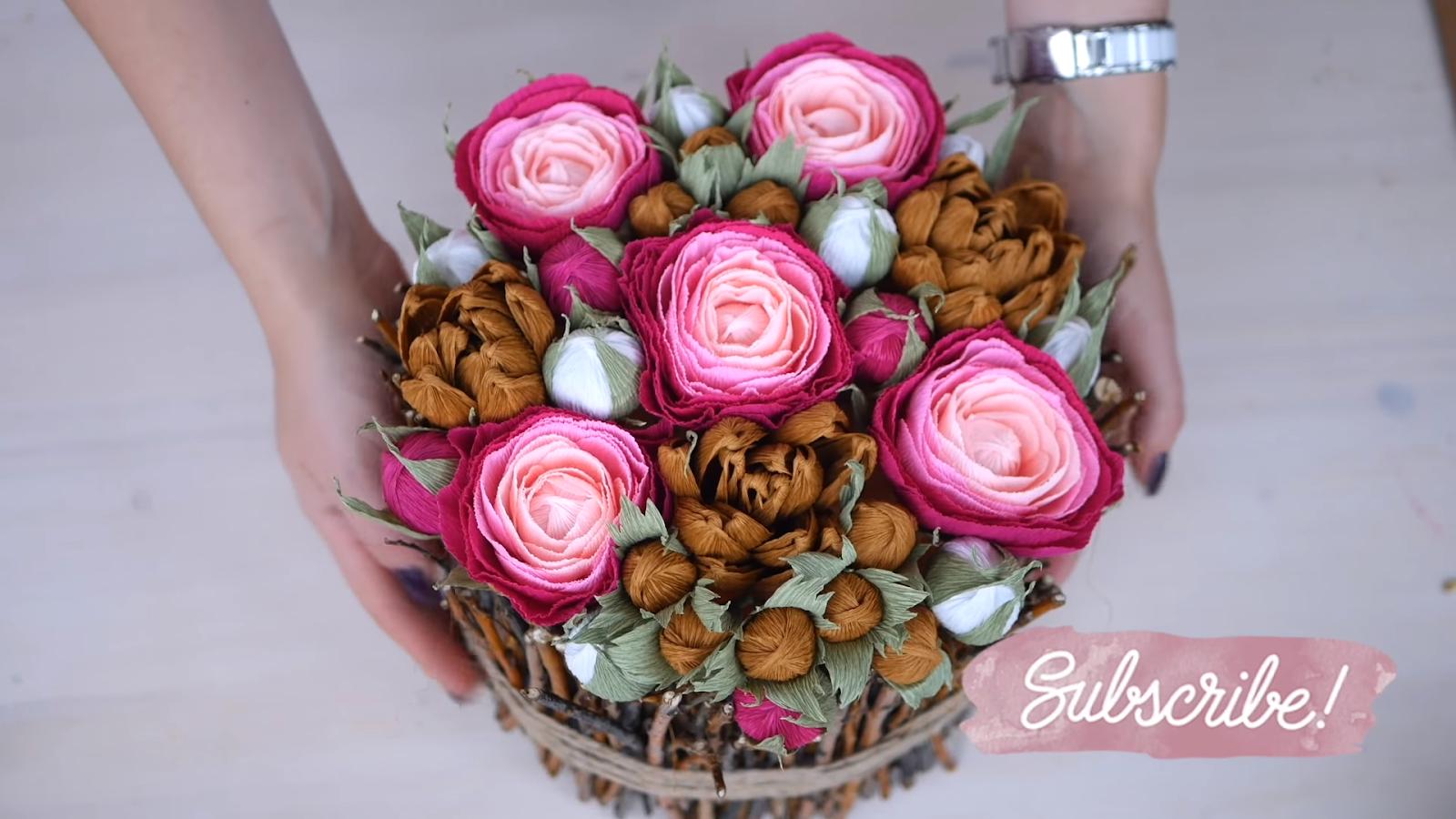 Цветы в коробке из веток своими руками