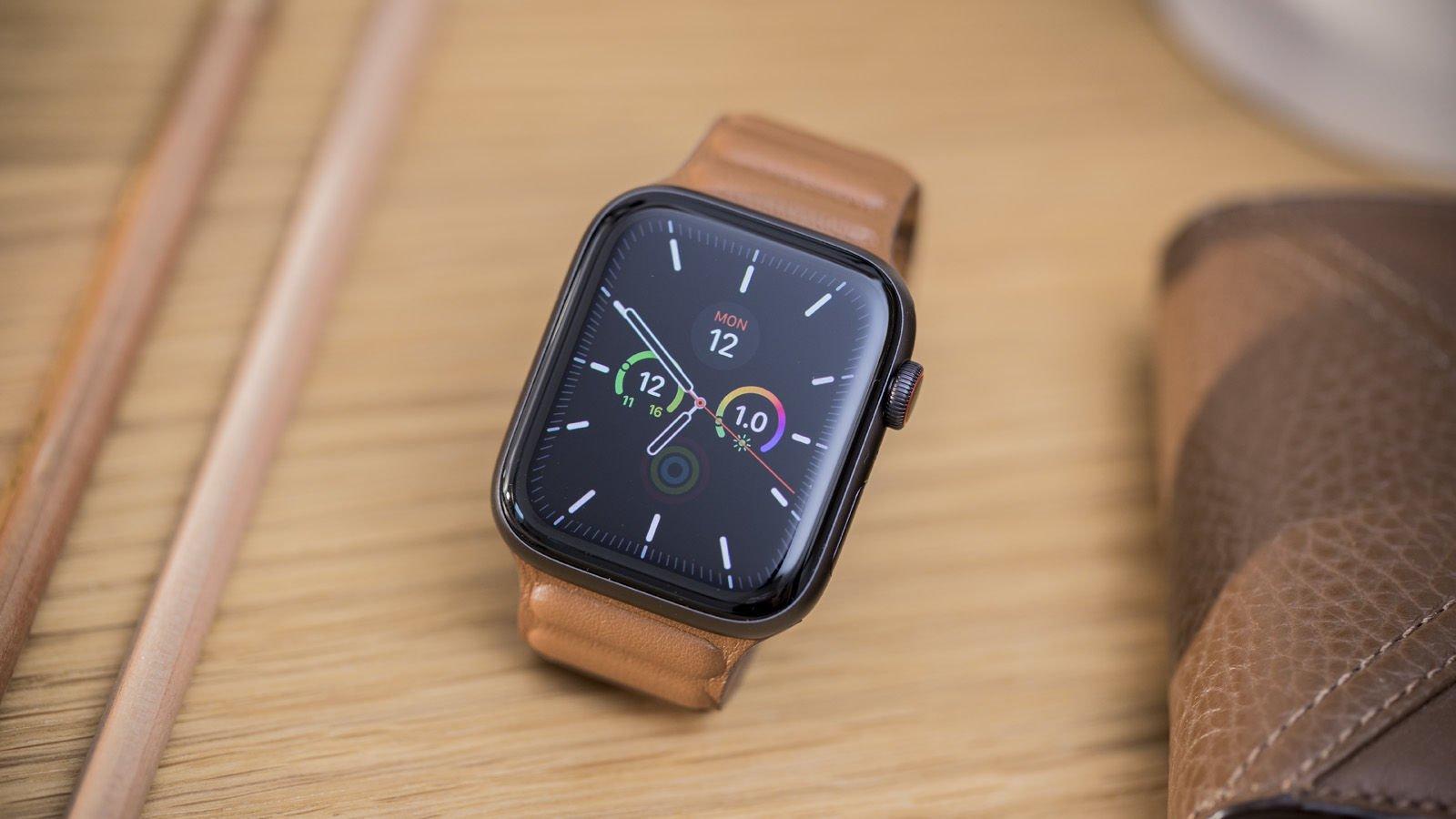 Loạt smartwatch về giá tốt, đáng chú ý tại Việt Nam - Ảnh 2.