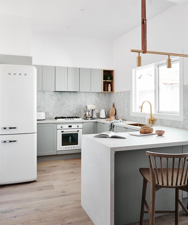 Kitchen Design Articles: 10 Ways To Optimize A U-Shaped Kitchen Design