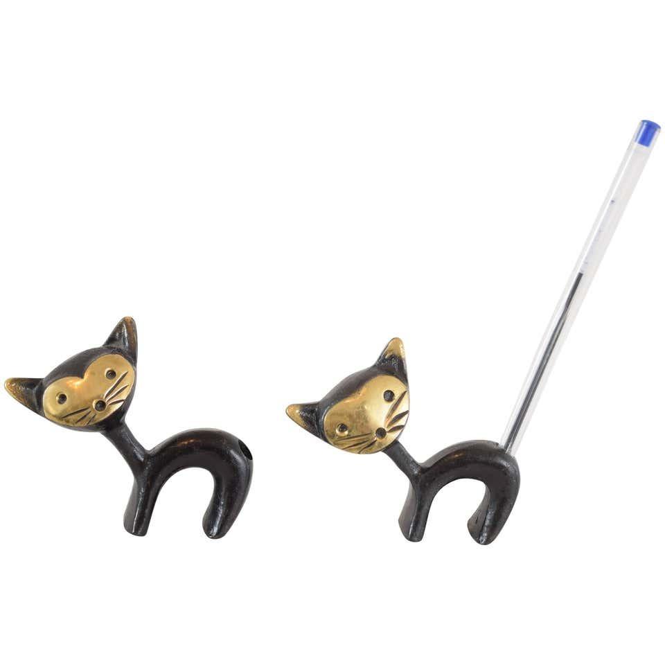 Cat pencil holder