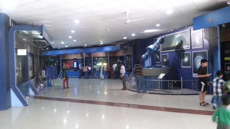 G:\Pratilipi\Viharin.com-Hall-at-Nehru-Planetarium.jpg