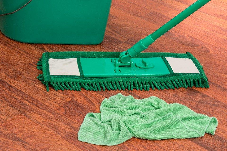 how to use spin mops