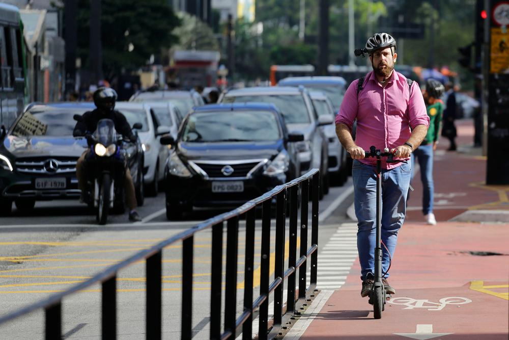 Concentrar a estrutura cicloviária nos bairros centrais acaba determinando politicamente o uso do modal